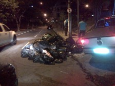 Sanitation workers on strike so the garbage is piled up high in Brazil