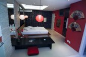 """The """"Japan"""" themed room at Le Monde love motel."""